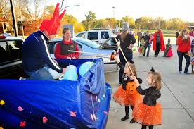 Walnut Creek Church Blog: Double The Trunk-Or-Treat Fun Shine Daily More Trunk Or Treat Ideas 951 Fm Wood Project Design Easy Odworking Trunk Or Treat Ideas Urch 40 Of The Best A Girl And A Glue Gun 6663 Party Planning Images On Pinterest Birthdays Ideas Unlimited Trunk Or Treat Decorating The 500 Mask Carnival Costumes Decoration 15 Halloween Car Carfax 12 Uckortreat For Collision Works Auto Body Charlie Brown Trick Smell My Feet Church With Bible Themes Epic Ghobusters Costume