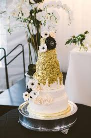 Gold Black And White Wedding Cake Weddingchicks