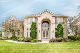 100 Fieldstone Houses 6739 Dr BURR RIDGE IL 60527 4 Beds55 Baths