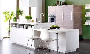 cuisine blanche ouverte sur salon modèle cuisine blanche ikea avec ilot ouverte sur salon
