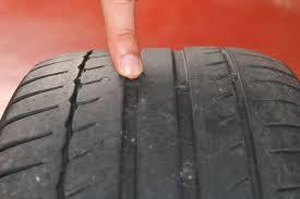 loi sur siege auto avec pneus uses lisses ou non adaptes