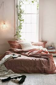 Decorating Tips For A Minimalist Bedroom With Havenly