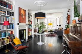 75 wohnzimmer mit schwarzem boden ideen bilder april