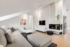 sofa dachschräge wohnzimmer einrichten wohnung wohnzimmer