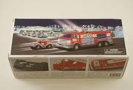 100 2005 Hess Truck Toy MINT New In Box 1787965421