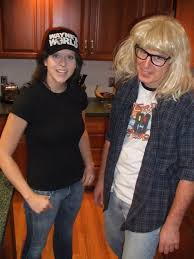 Garth And Kat Halloween by 29 Halloween Costumes That Will Make You Nostalgic Halloween