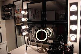 Diy Vanity Table Mirror With Lights by White Makeup Vanity Set With Lights Home Vanity Decoration