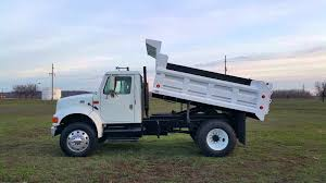 2002 INTERNATIONAL DUMP 4900 DT466E (Dump In Action) - YouTube 1990 Intertional 4700 Dump Truck Item Da2738 Sold Sep Chip Dump Trucks Page 4 Intertional Dump Trucks For Sale 2001 Truck Item058 Semi For Sale In Ohio Prestigious For N Trailer Magazine Used 1999 4900 6x4 Truck In New 2000 Vinsn1htscaam7yh253601 Sa 10 Royal Equipment Lp Crew Cab Stalick Cversion Hauler 2002 Dt466e Action Youtube Cheap The Buzzboard