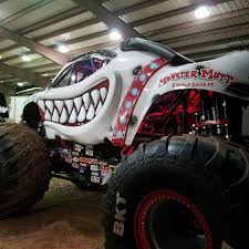 100 Monster Trucks Fresno Ca Cynthia Gauthier On Twitter I Might Be Single But I Got A Date