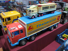 A Large Remote Control Pecaso Fixed Body Eight Wheel Box Truck By ...