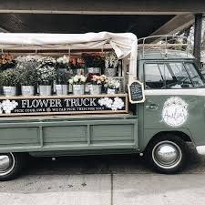 Doesnt Get Much Cuter Than A Flower Truck