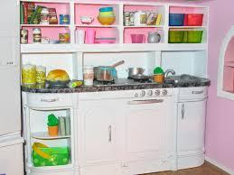 Artsy Fartsy Barbies Kitchen