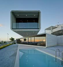 100 Cantilever Home Concrete House Extends 32 Feet Over The Pool