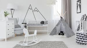 préparer chambre bébé la moquette dans une chambre d enfant bonne ou mauvaise idée