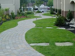 10 Jaw-Dropping Stepping Stone Landscaping Ideas For Your Backyard ... Garden With Tropical Plants And Stepping Stones Good Time To How Lay Howtos Diy Bystep Itructions For Making Modern Front Yard Designs Ideas Best Design On Pinterest Backyard Japanese Garden Narrow Yard Part 1 Of 4 Outdoor For Gallery Bedrock Landscape Llc Creative Landscaping Idea Small Stone Affordable Path Family Hdyman Walkways Pavers Backyard Stepping Stone Lkway Path Make Your