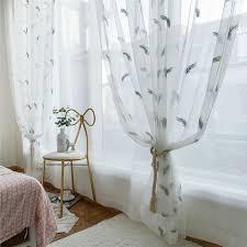minimalismus gardine weiß feder stickerei im wohnzimmer