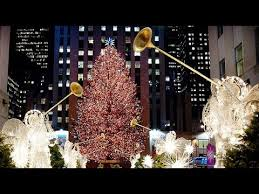 Rockefeller Plaza Christmas Tree Lighting 2017 by Where To See Christmas Lights In New York 2017 Axs