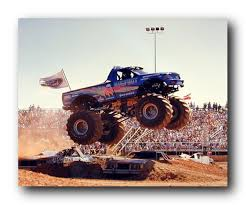 Amazon.com: Wall Decor Bigfoot Monster Truck: Art Print Poster ...