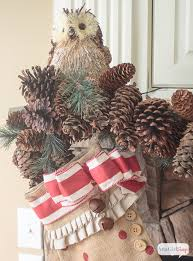 Gorgeous Vintage Rustic Christmas Mantel Decorations Plus More Decorating Ideas From Other Bloggers
