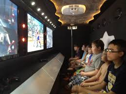 Video Game Bus - Detroit, MI | Game Crazy - Kids Birthday, Bar/Bat ...