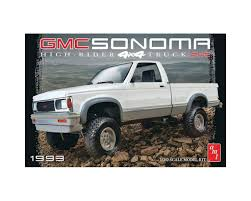 AMT AMT1057 1/20 1993 GMC Sonoma 4X4 Truck – The Hobby Centre