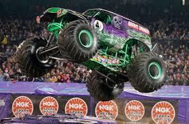 100 Monster Truck Backflip Grave Digger Driver Dennis Anderson Injured During Jam