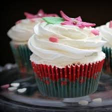 Chocolate And Meringue Cupcake In Spanish