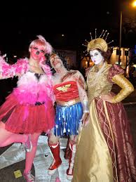 West Hollywood Halloween Parade by Life Isn U0027t A Drag At West Hollywood U0027s Annual Halloween Carnaval