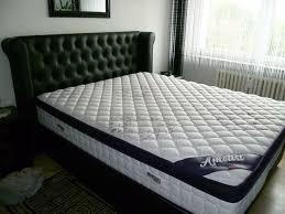 schlafzimmer bett schrank und 2 nachtschränke