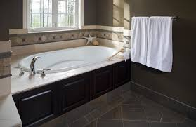 A Bathtub Tile Refinishing Houston by How To Refinish A Bathtub Reglazing Bathtub Bathtub