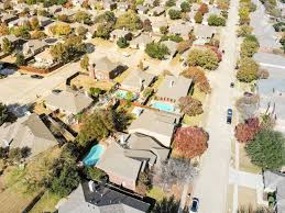 100 Photos Of Pool Houses Aerial View Of Upscale Pool Houses Residential Neighborhood In