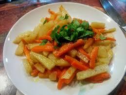 cuisiner les carottes recette carottes et pommes de terre sautées toutes les recettes