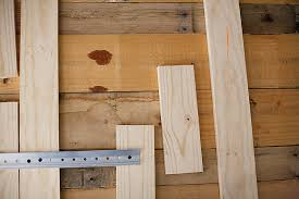 11 Easy And Bud Friendly DIY Pallet Headboards Shelterness