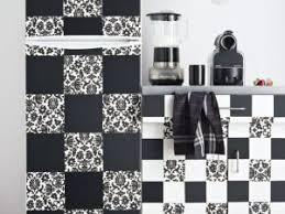 stickers cuisine carrelage une cuisine comme un damier noir et blanc par mcidees com