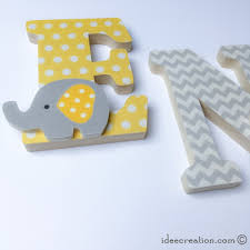 lettre decorative pour chambre bébé lettres prénom en bois et tissu imprimé pour chambre enfant modèle