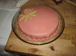 gateau pate d amande facile le gâteau d anniversaire la pie lili
