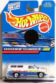 100 Dodge Ram 1500 Trucks Special Trailer Edition Hot Wheels