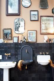 arbeiten mit schrä decken im schrank badezimmer klein