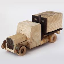 100 Truck Designer Collectible Vehicles No3 Suitcase