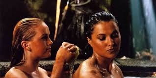 lesbienne bureau xena va assumer sa relation lesbienne dans le reboot de xena la