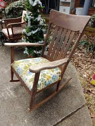 Finding The Value Of A Murphy Rocking Chair | ThriftyFun