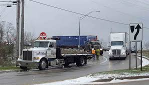 100 Simi Truck Grand Haven Tribune Snowfall Triggers Rash Of Crashes