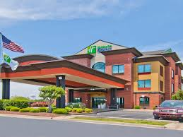 Holiday Inn Express & Suites Olive Branch Hotel by IHG