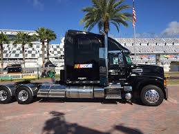 Mack Trucks Named 'Official Hauler Of NASCAR' | Daytona | American ...