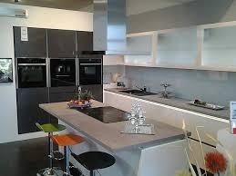 häcker musterküche elegante hochglanz küche lack weiß mit