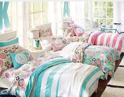 Triplet Bedroom Decorating Idea For Three Girls Triplets Who Share A Room Big Girl