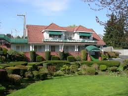 File Seattle Columbia Funeral Home 01 Wikimedia mons