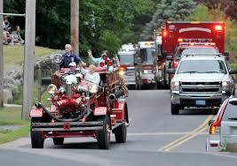 100 Fire Trucks Kids Trucks Take To The Streets In North Attleboro Local News