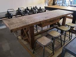 table de cuisine ancienne en bois table de cuisine ancienne simple trendy cuisine ancienne repeinte
