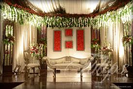 Best Outdoor Baraat Stage Decorations Tulips Event 04